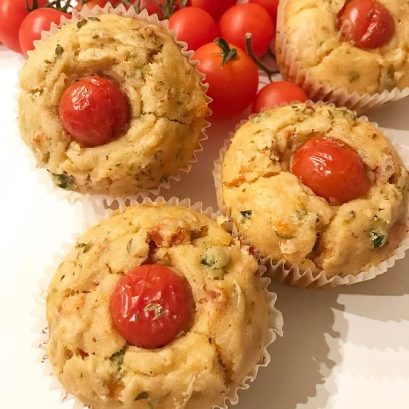 Salty muffins with vegetables