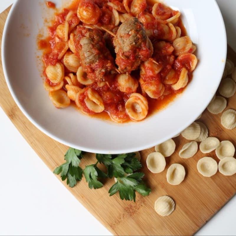 salsa de Brasciole, Bari