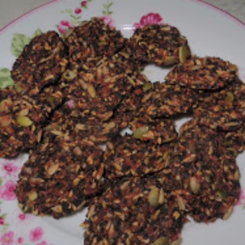 Crackers al pomodoro speziati