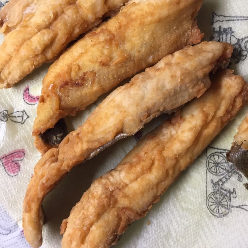 Filetes de trucha fritos