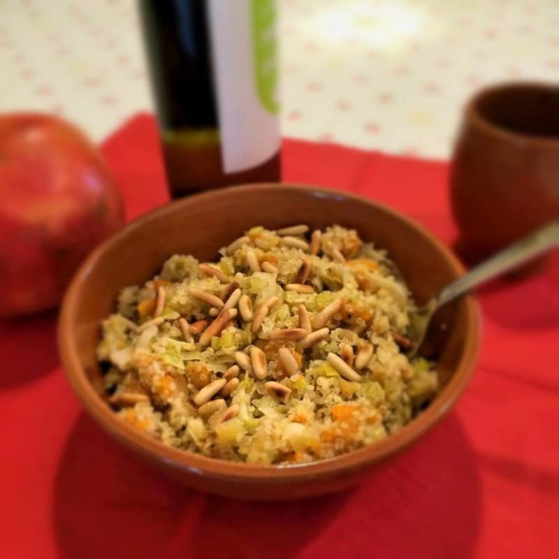La quinoa con puerros, calabaza y piñones tostados