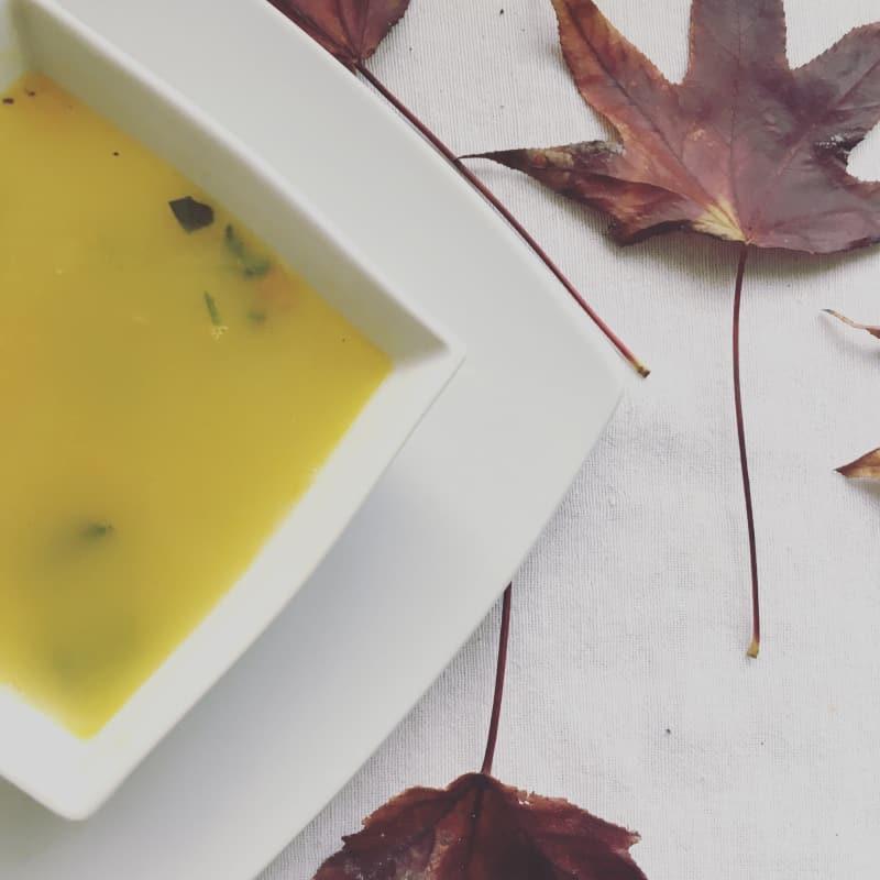 Sopa de zapallo y verduras