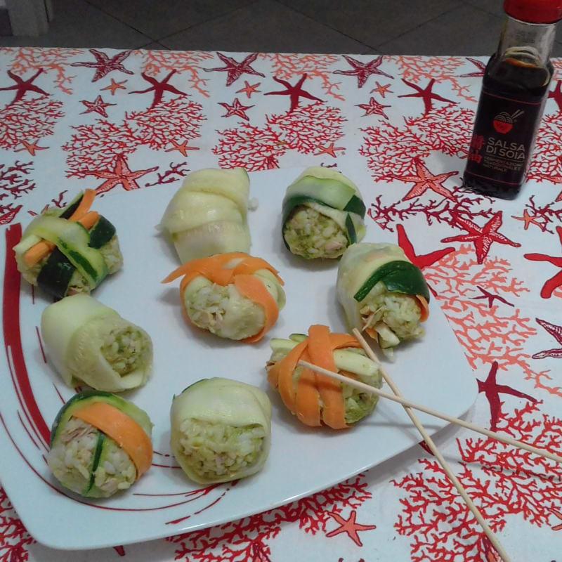Sushi falso con verduras y atún ...