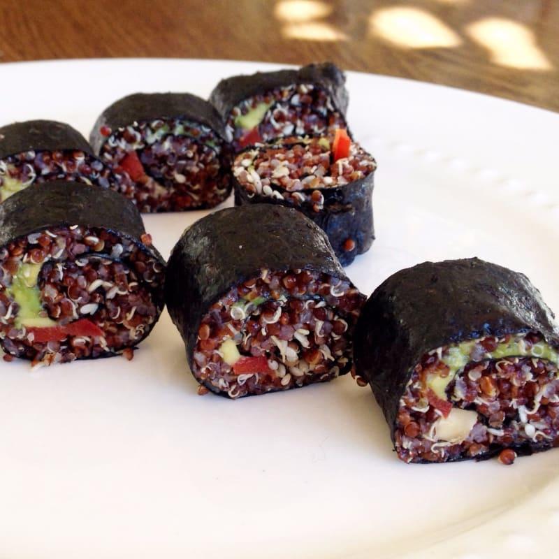 Makis de quinoa roja