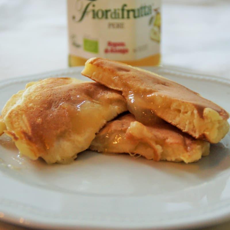 Pancake con confettura alle pere
