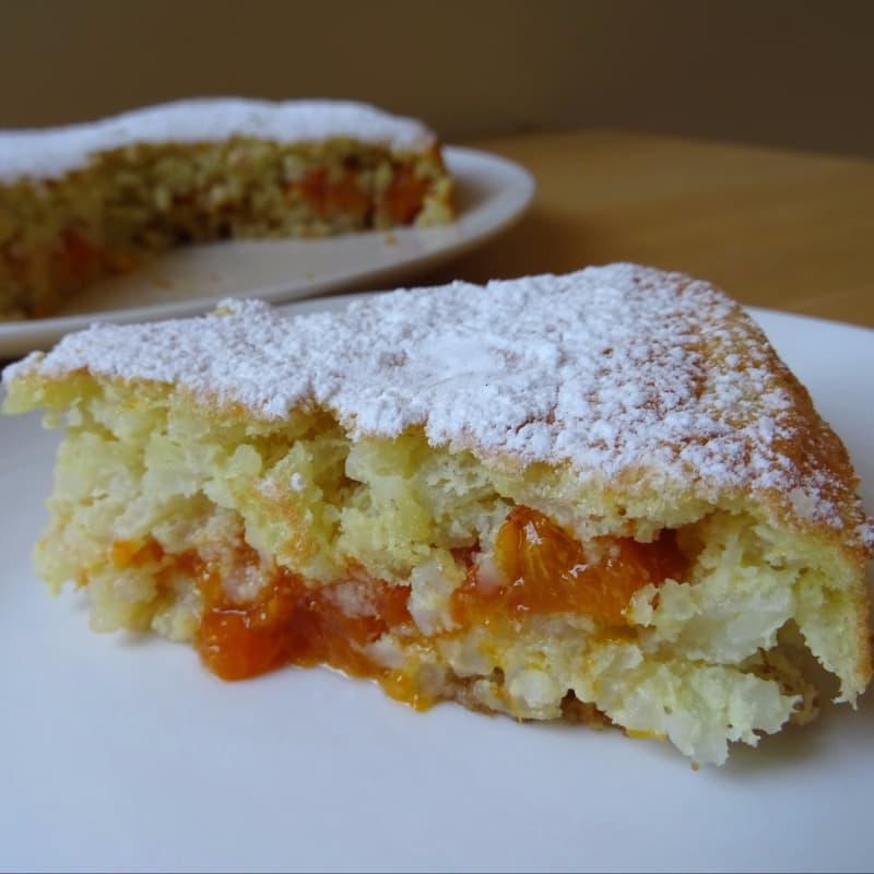 pastel de arroz relleno de albaricoques