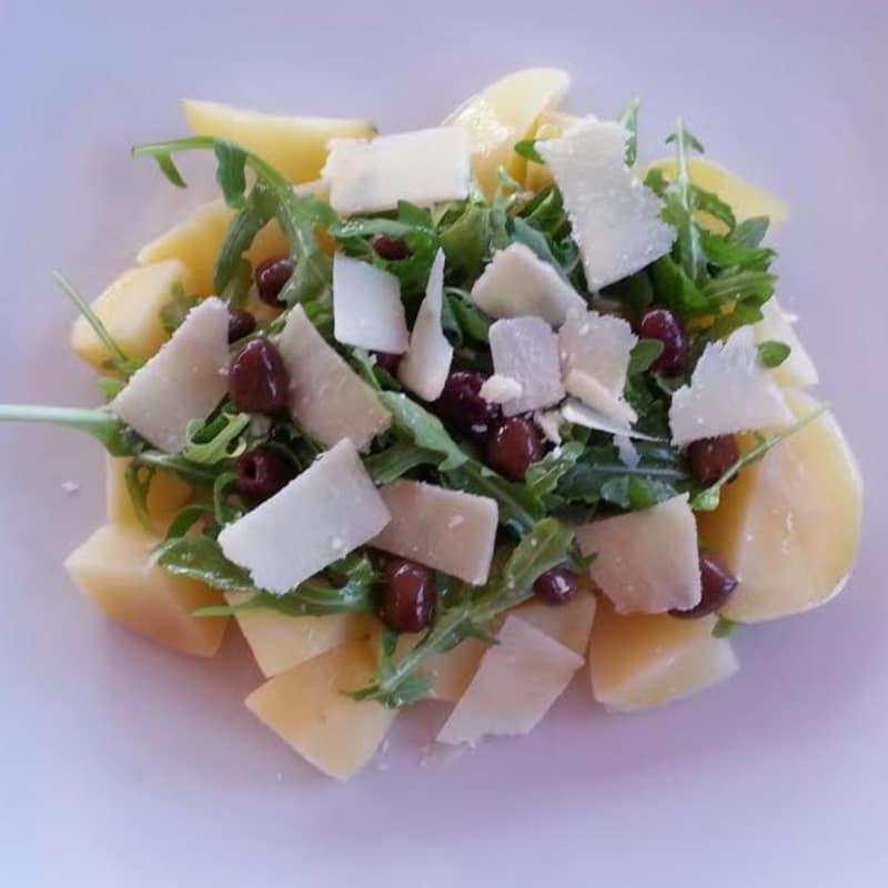 ensalada de patata y de cohete
