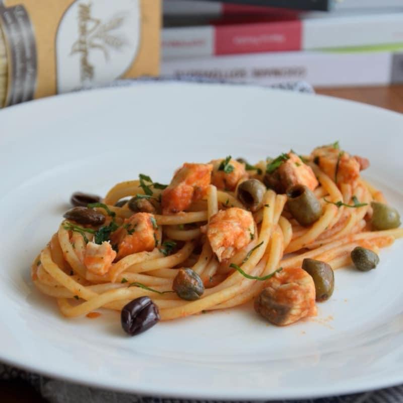 cazón a la boloñesa Spaghettoni