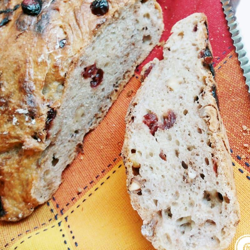 pan de nueces y los arándanos