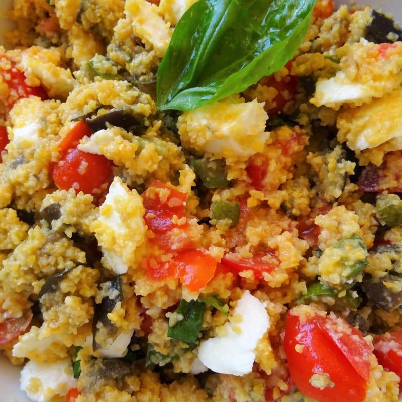 Cous cous de maíz mediterráneo
