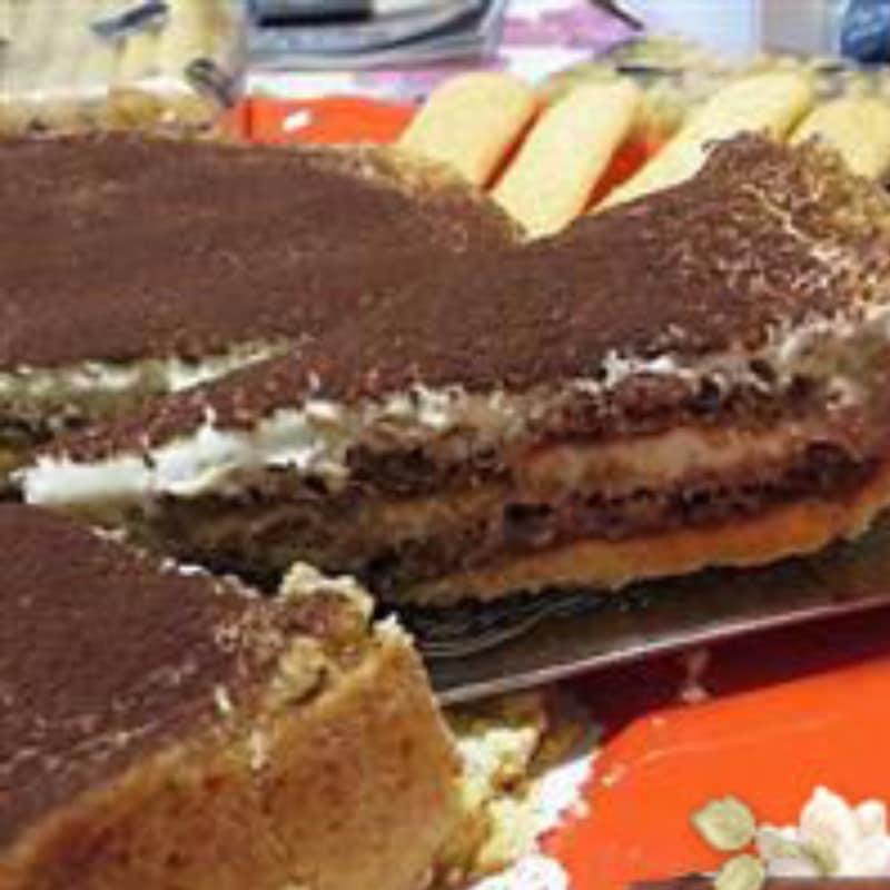 tiramisú tarta con mascarpone y pavesini Nutella