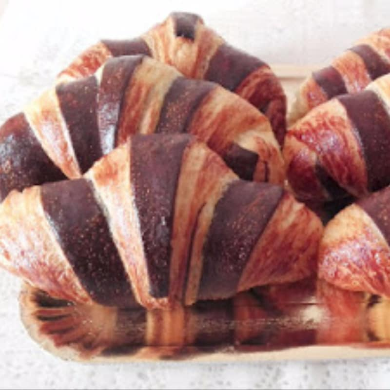 bicolor croissant