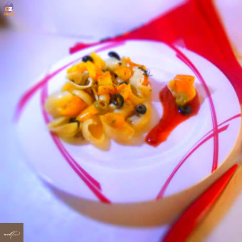 Cold pasta with peppers