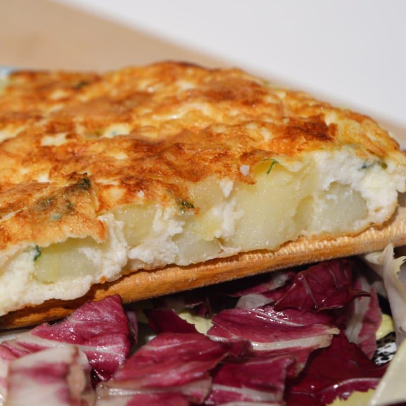Tortilla de huevo y perejil patatas
