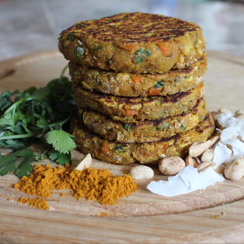 Chickpea burgers with peanuts and cilantro