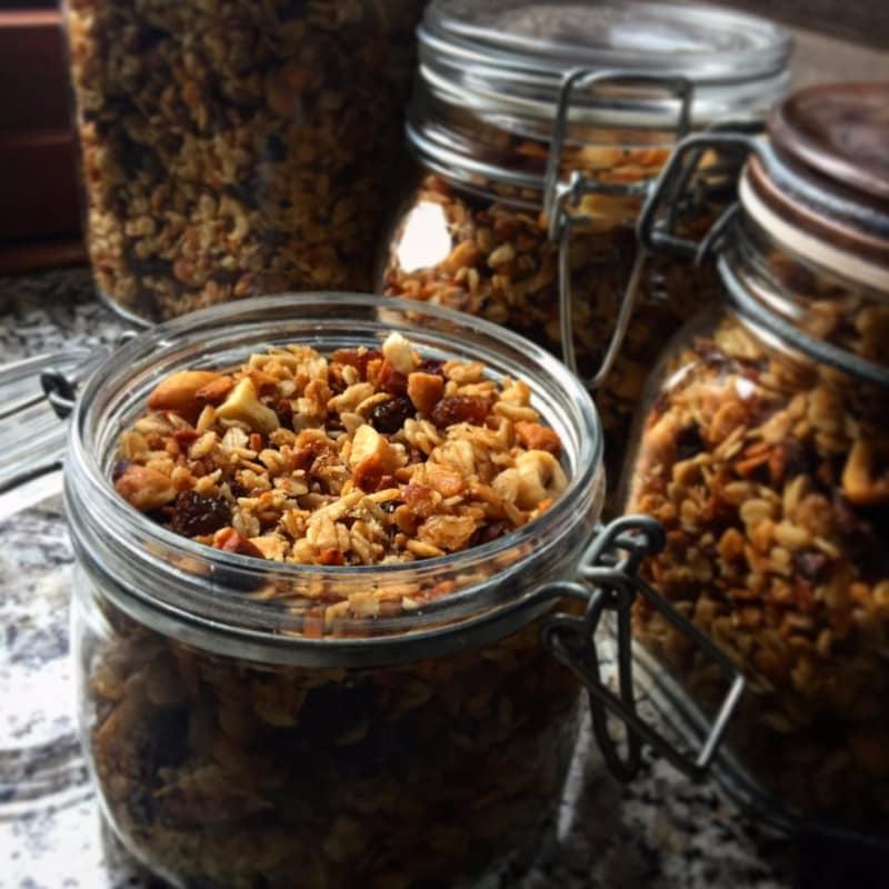 Granola: cómo preparar los cereales cómodamente en casa