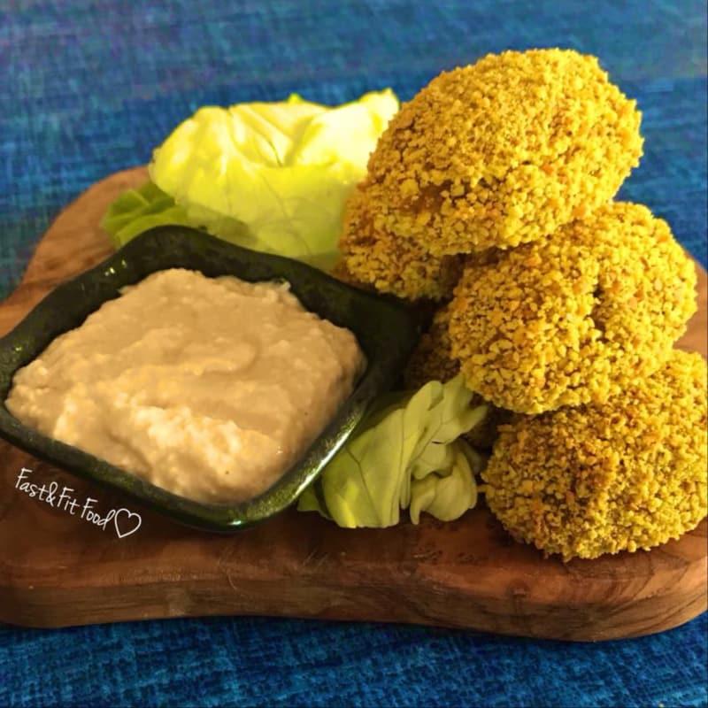 Croquetas de calabaza vegano con salsa de almendras