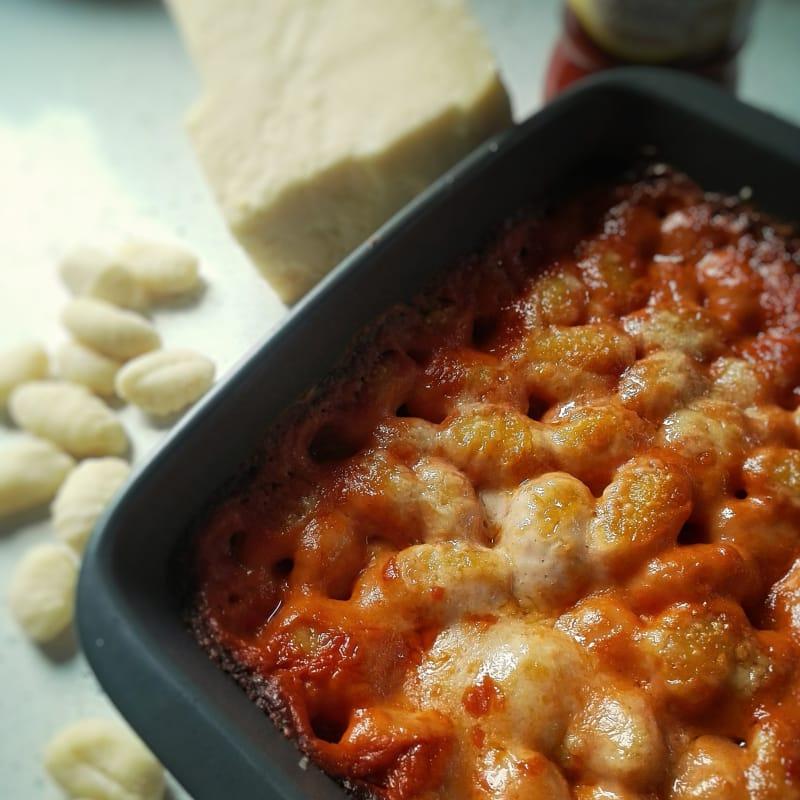 Gnocchi de patata gratinado lista pronto