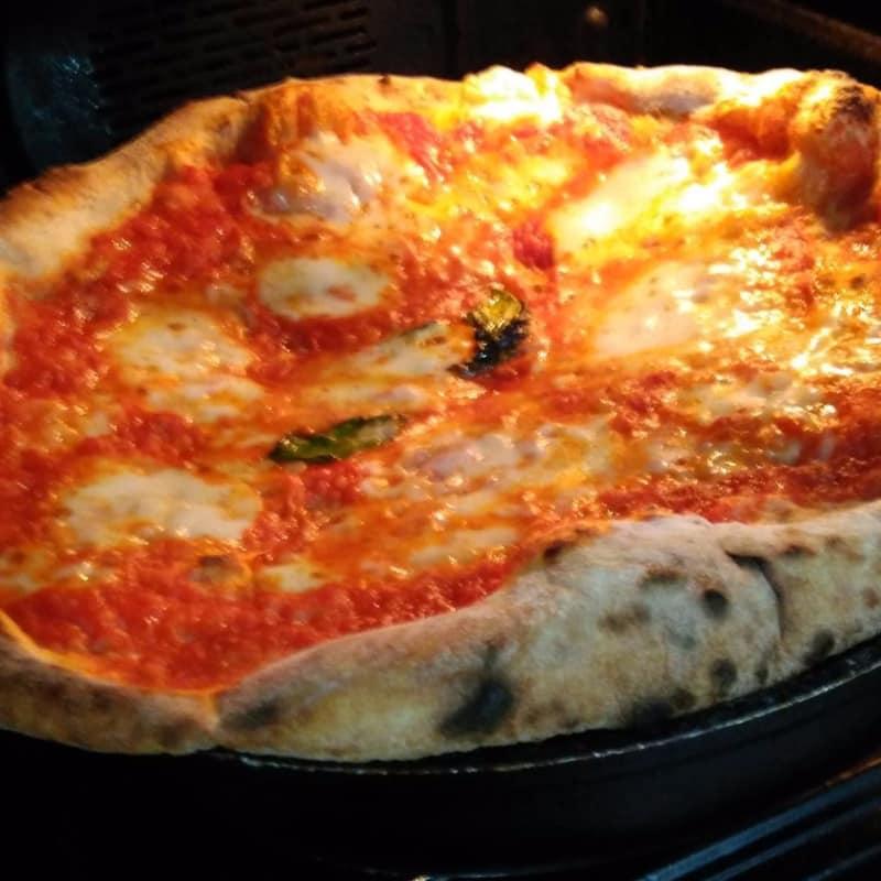 Fácil pizza en el molde