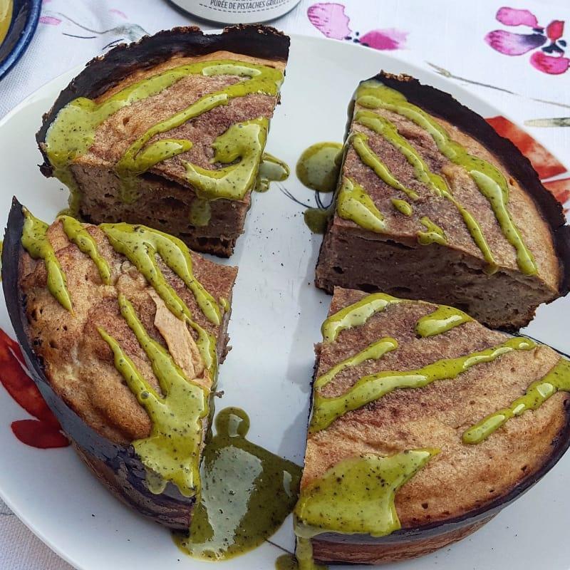 Bananabread in padella con crema di pistacchio