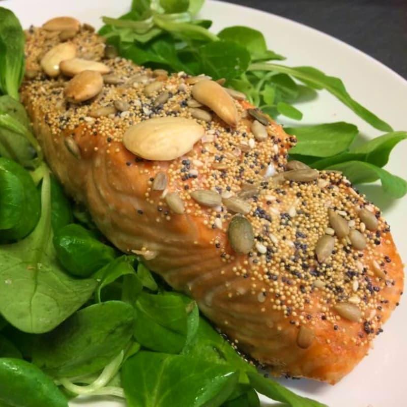 Filete de salmón en la corteza Semi Misti