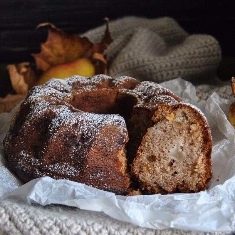 El buñuelo con harina de castañas, peras y confitada
