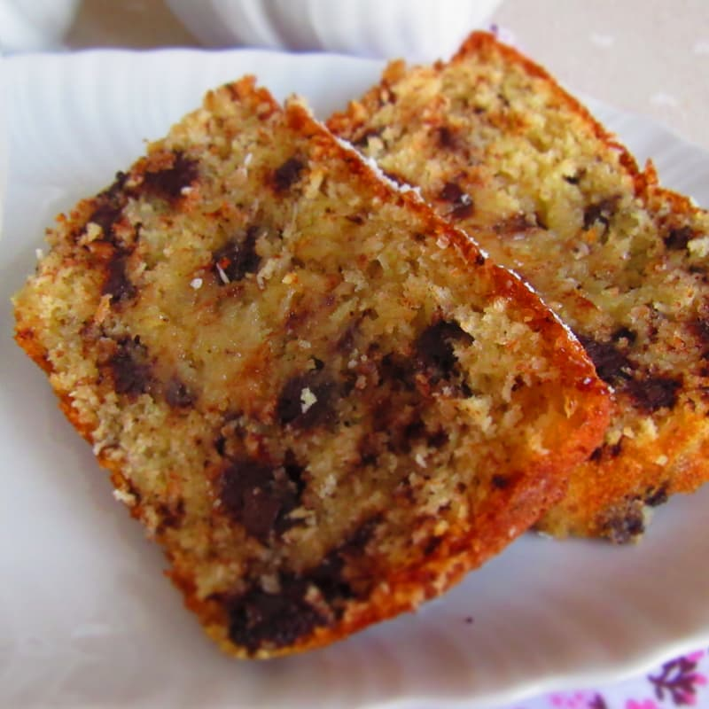 Very soft coconut and chocolate plumcake without butter