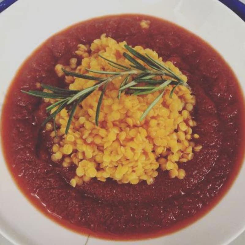 Zuppa Barbabietola E Zucca Con Lenticchie Rosse