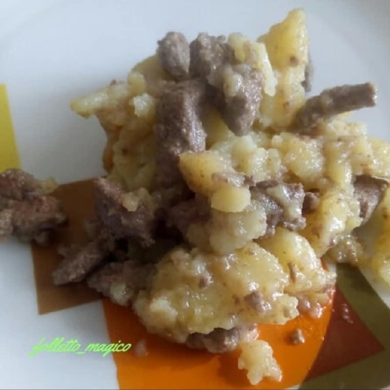 Hígado con patatas fritas