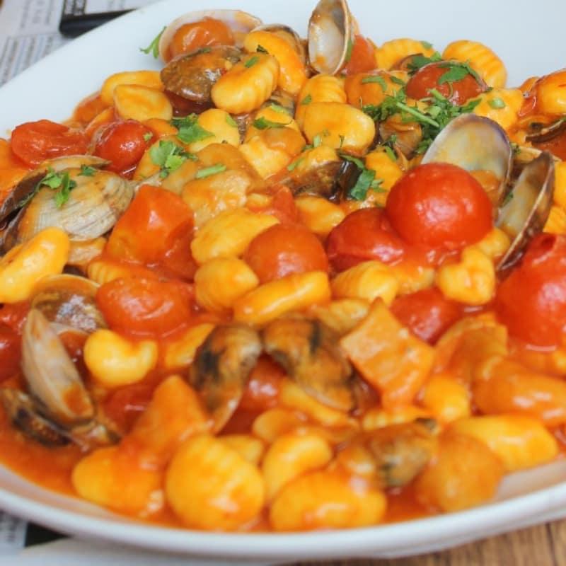 Ricetta Gnocchi Funghi E Vongole.Gnocchetti Con Vongole Porcini E Pachino Ricetta Oreegano