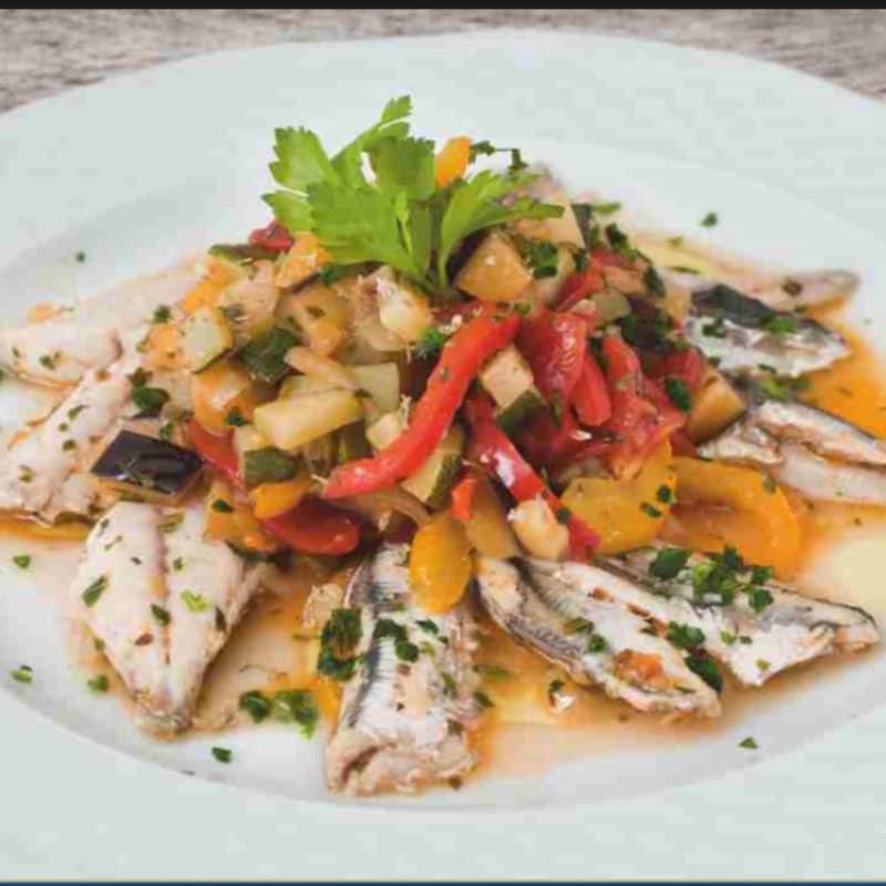 Guiso de pescado y verduras