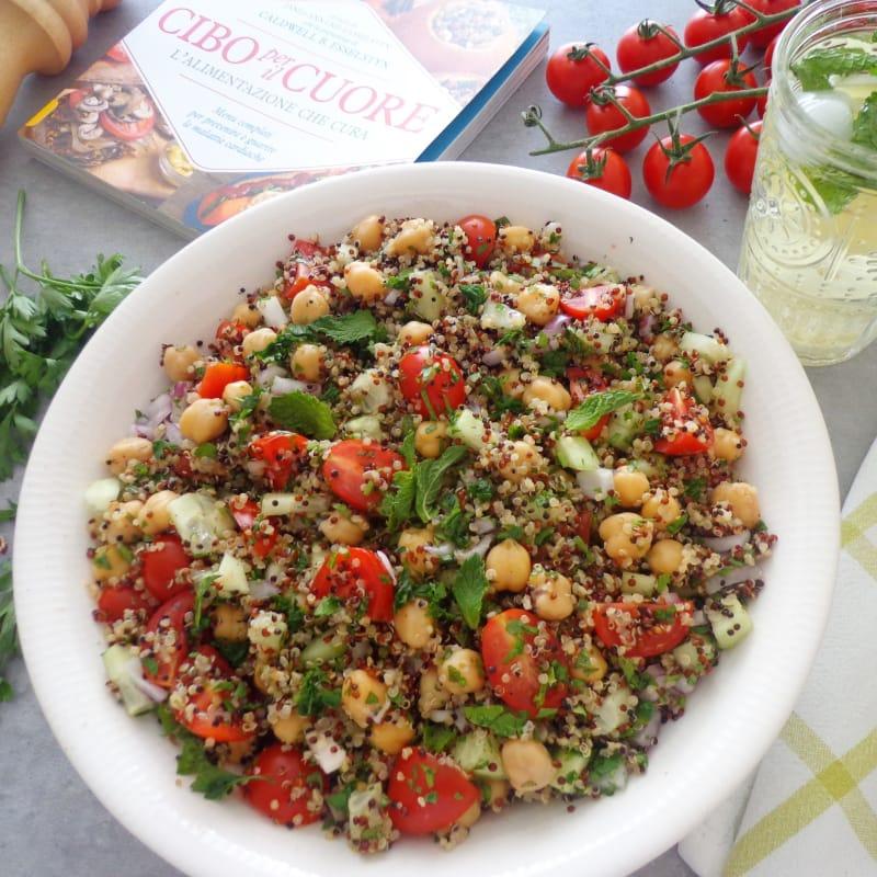 Tabulè di quinoa con ceci