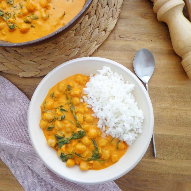 Curry De Garbanzos Y Espinacas