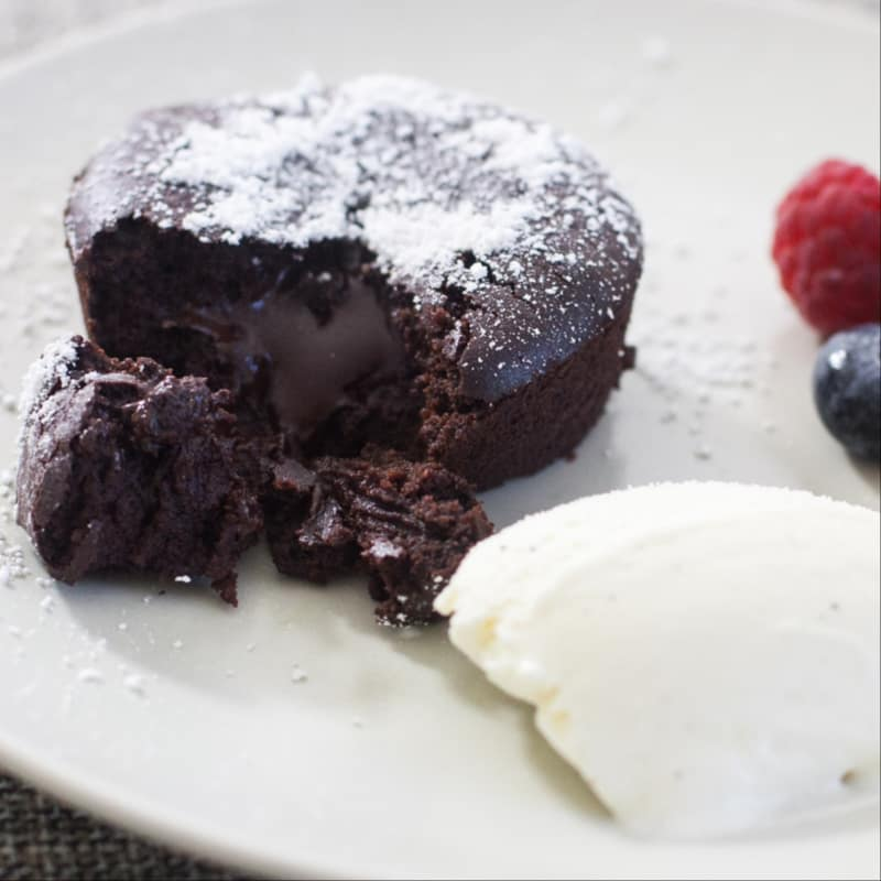 Tortas de chocolate con un corazón que se derrite!