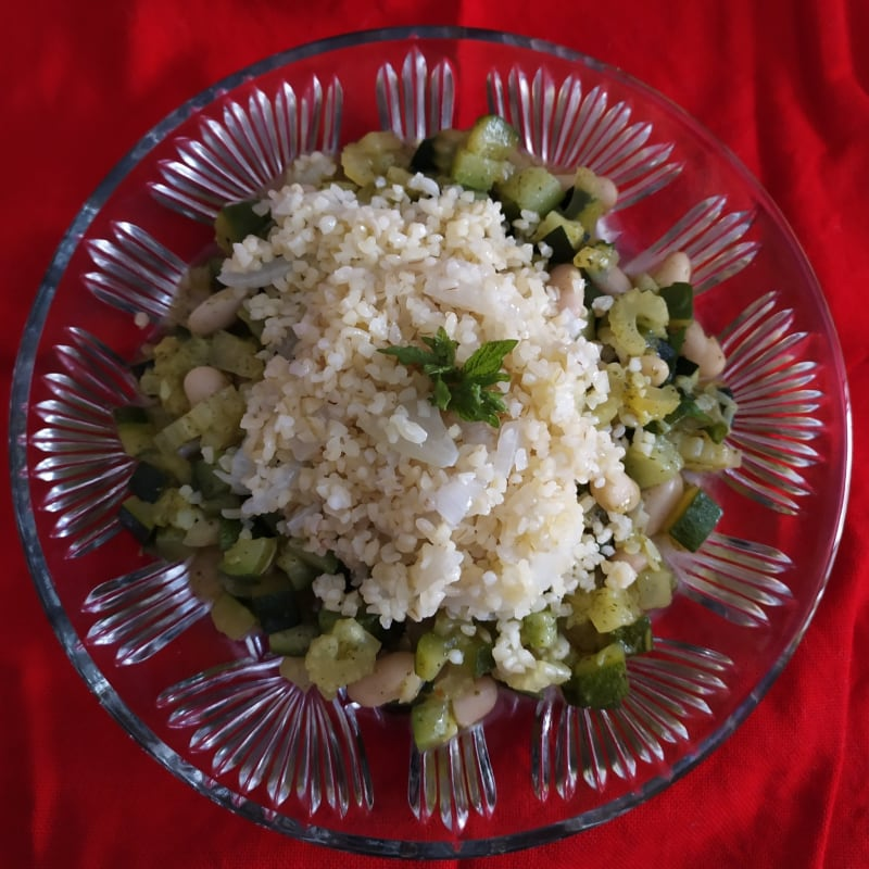 Bulgur with a mint flavor