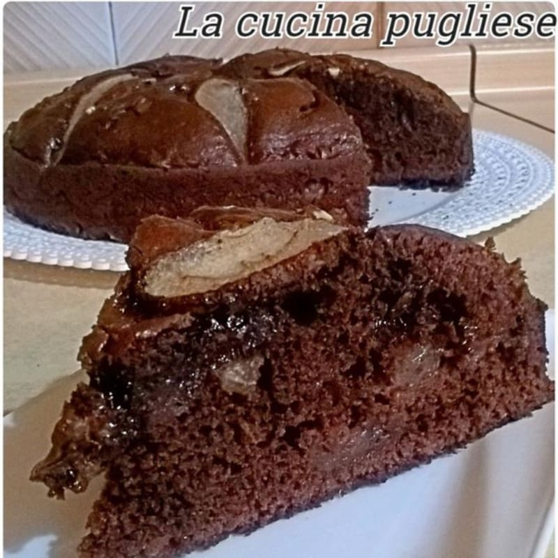 Pear and cocoa cake