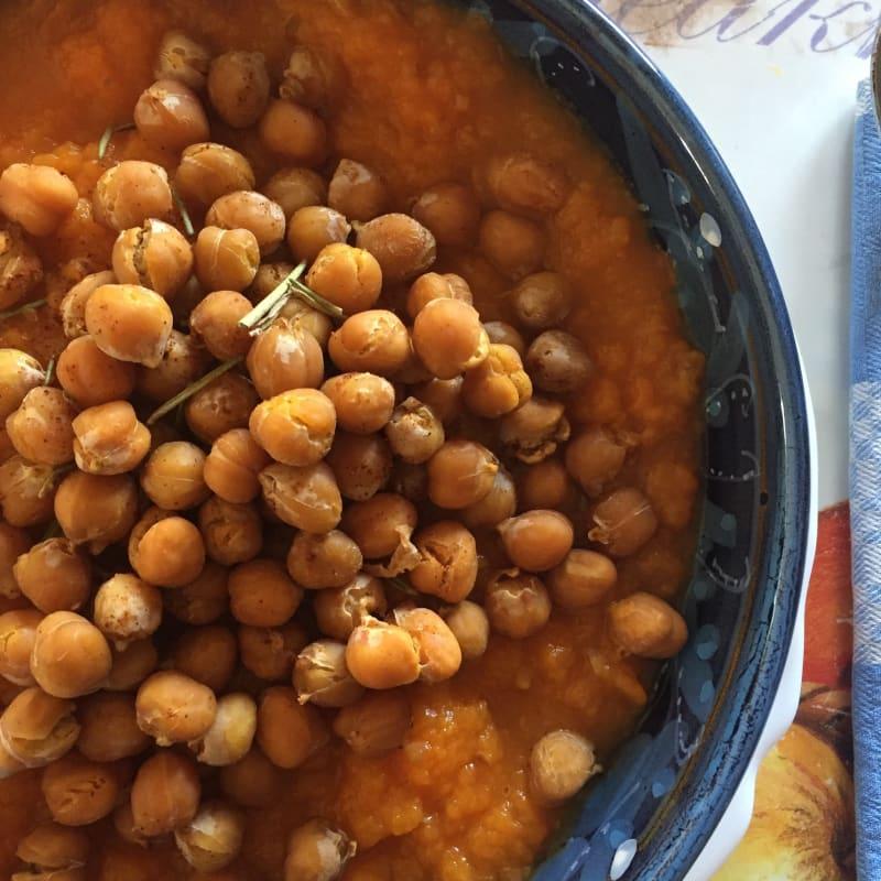 Spiced chickpeas on Pumpkin Velvet