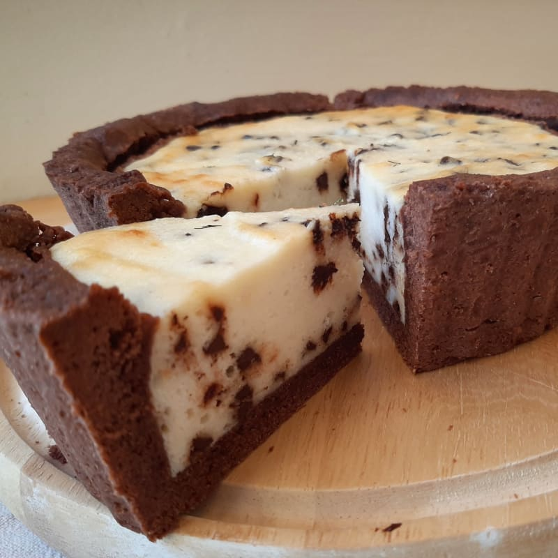 Tarta de cacao rellena de ricota