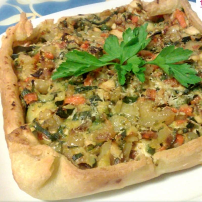 Chicken and vegetable savory pie