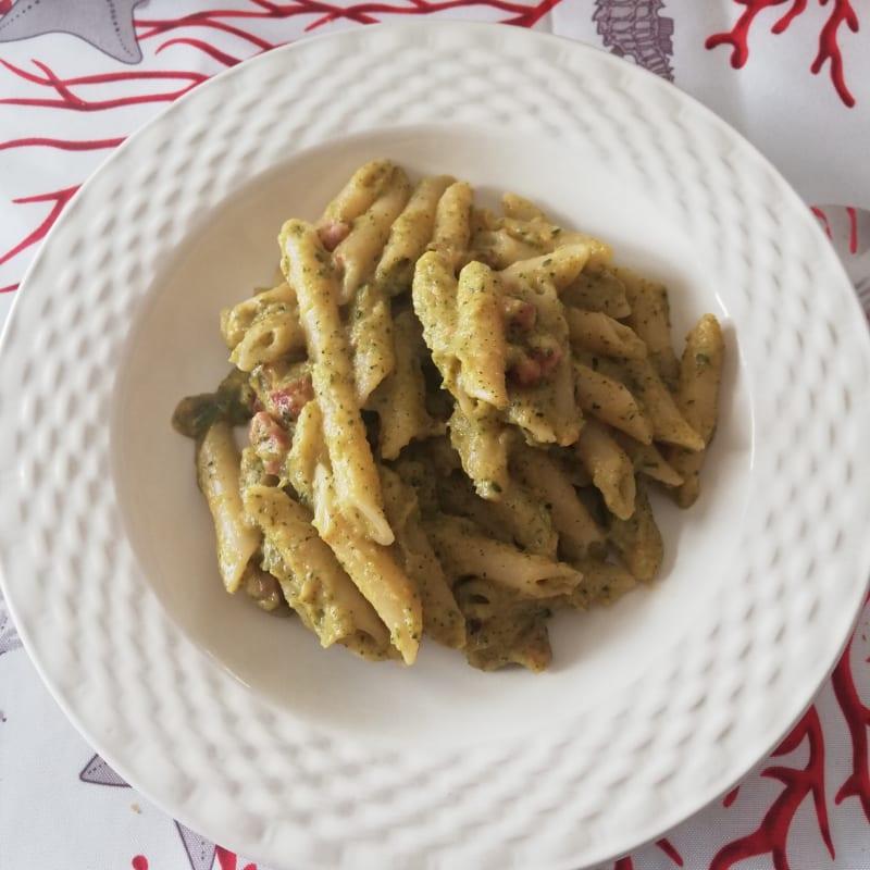 Bacon and zucchini pasta