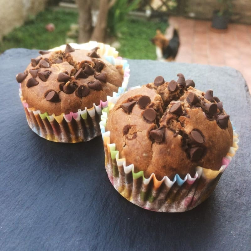 Muffins with avocado and peanut butter