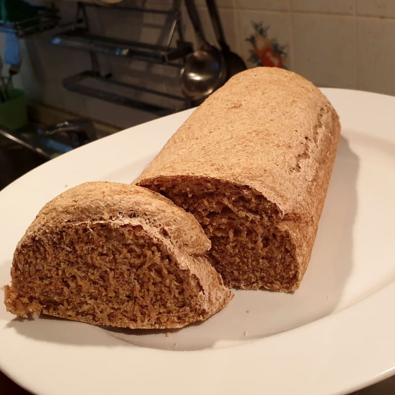 Homemade wholemeal bread