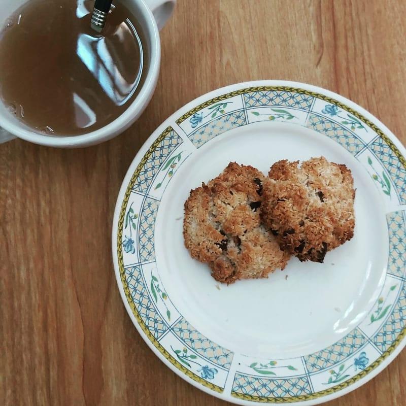 Biscotti cocco e gocce di fondente