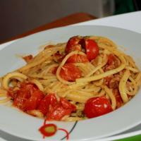 Ricetta correlata Spaghetti pesto, pomodorini e tonno