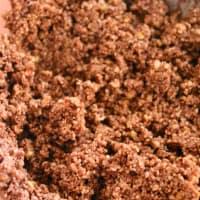 Foto preparazione raw food cookie and chocolate buckwheat grain