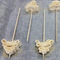 Foto preparazione Alberelli di natale dolci di pasta sfoglia