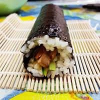 Foto preparazione Sushi con tofu e verdure