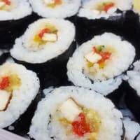 Foto preparazione Sushi with tofu and vegetables