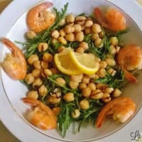 Ricetta correlata Shrimp salad chickpeas and arugula