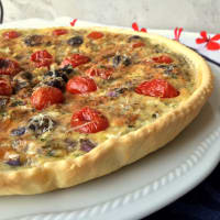 Ricetta correlata Quiche with Tropea onion, Gaeta olives and plum